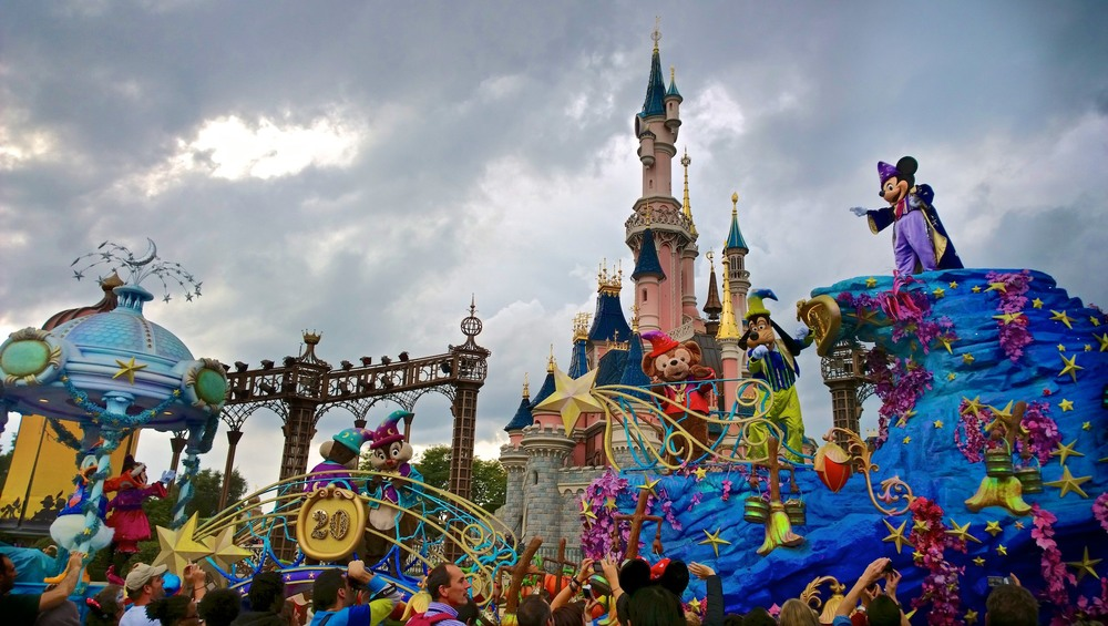 20th Anniversary Parade - Disneyland Paris